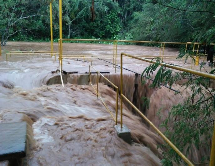 Parte alta de Araxá continua sem água nesta quinta-feira (20)