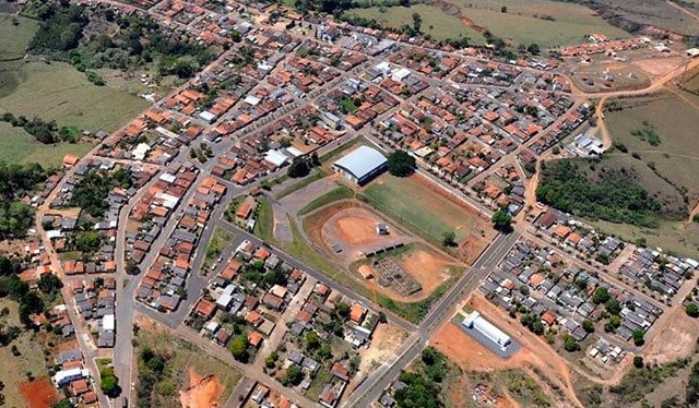 Pratinha Minas Gerais fonte: portalimbiara.com.br