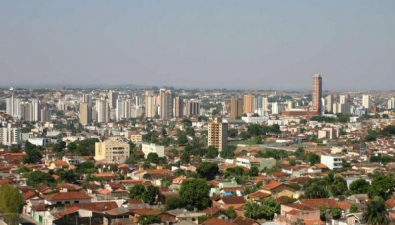 Covid-19: Nova decisão suspende reabertura do comércio em Uberaba