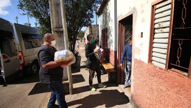 Cerca de três mil cestas básicas foram entregues em Araxá nesta pandemia de Covid-19